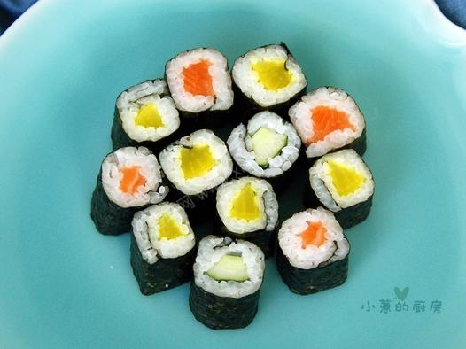 三色细卷寿司的做法_怎么做三色细卷寿司_如何做三色
