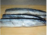 香煎秋刀鱼的做法图解3