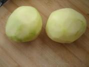 蘑菇炖土豆的做法步骤1