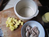 土豆排骨粥的做法步骤3
