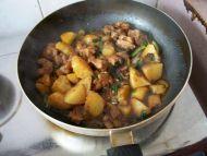 土豆烧排骨的做法步骤10