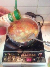 精华版罗宋汤的做法步骤7