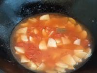 土豆番茄鸡蛋汤的做法步骤5