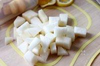 雪梨菠萝奶昔的做法步骤1