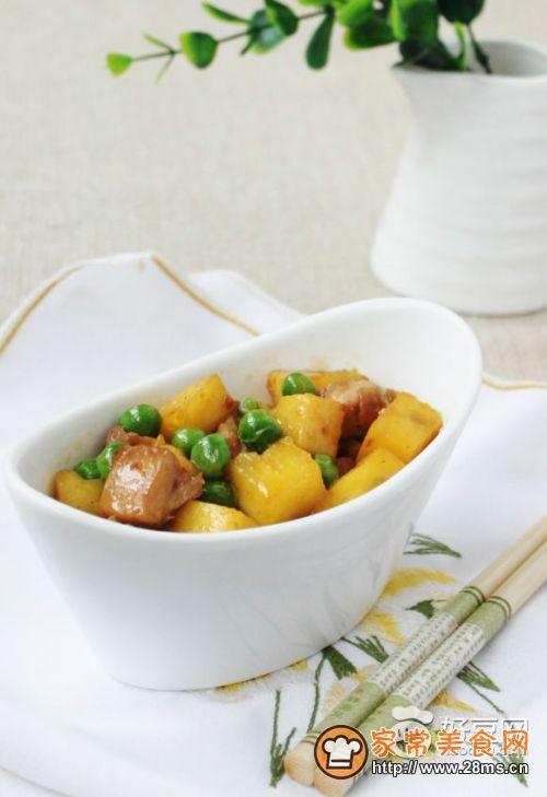 豌豆菠萝鸡丁