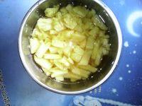 菠萝汁的做法步骤2