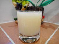 鲜榨梨汁的做法步骤7