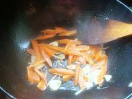 金针菇黄瓜炒鸡蛋的做法步骤10