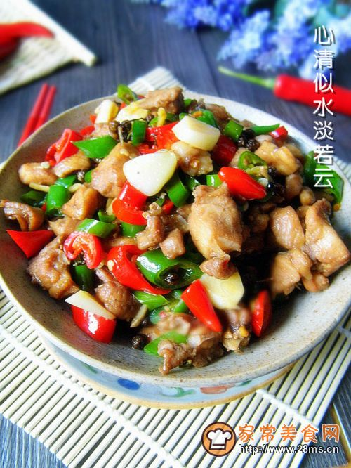 渝派江湖菜------- 尖椒兔的做法