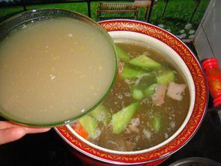 竹荪鹅火锅的做法