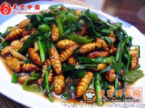 非常美食--韭菜炒蚕蛹的做法