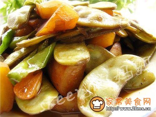 扁豆烧山芋的做法