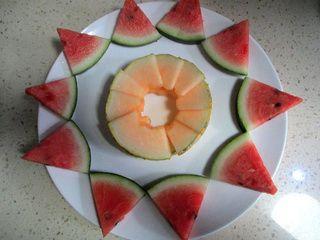 春节的宴席水果拼盘红红火火的做法