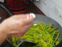 鲜炒黄花菜的做法步骤9