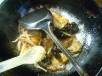 黄花菜黑木耳炒荷叶蛋的做法步骤9