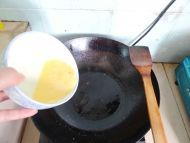 西红柿炒蛋的做法步骤4