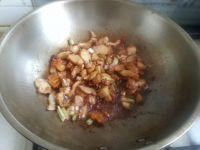 蘑菇粉条炒五花肉的做法步骤9