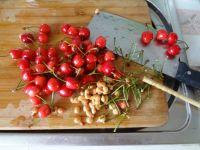 樱桃酱的做法步骤2