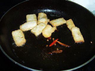 家常韭菜炒豆腐的做法