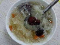 银耳红枣汤的做法步骤7