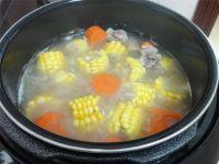 粉葛玉米龙骨汤的做法步骤10