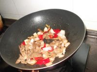 爆炒猪肝的做法步骤9