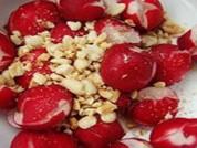 凉拌樱桃萝卜的做法步骤2