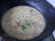 猪血酸辣汤的做法步骤5