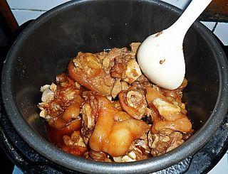 红烧猪蹄(高压锅简易版)的做法步骤:9