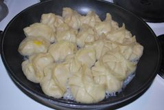 猪肉玉米馅饺子的做法步骤:13