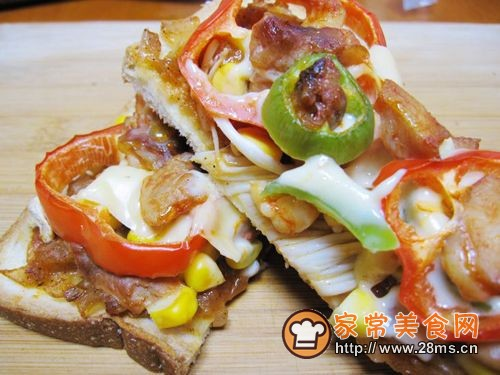 【DIY新奥尔良烤肉披萨】小文子出品~~【鸡肉吐司披萨】的做法