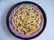 粒粒香紫薯披萨—赋予披萨亮丽的饼底的做法步骤:14