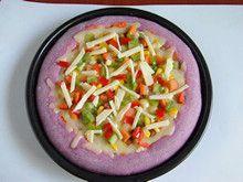 粒粒香紫薯披萨—赋予披萨亮丽的饼底的做法步骤:15