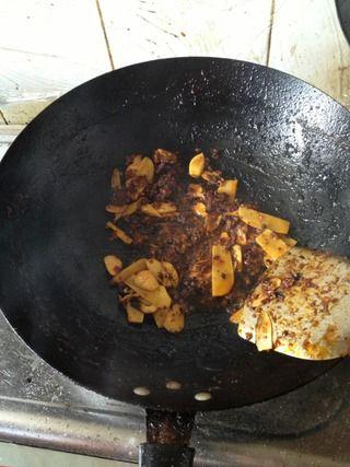 焖锅香辣蟹的做法步骤:7