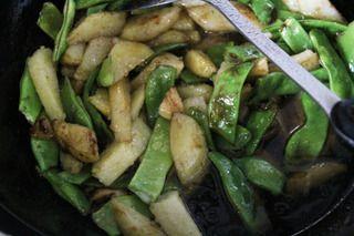 油焖土豆豆角的做法