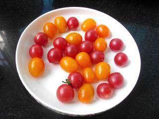芦笋圣女果暖食沙拉的做法步骤:2