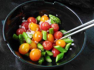 芦笋圣女果暖食沙拉的做法步骤:7