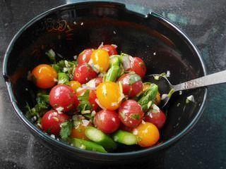 芦笋圣女果暖食沙拉的做法步骤:8