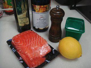 柠香煎三文鱼的做法步骤:1