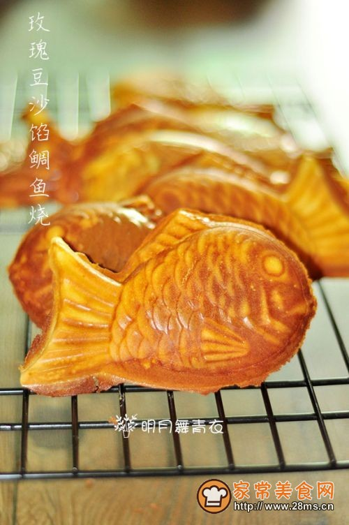 玫瑰豆沙馅鲷鱼烧的做法
