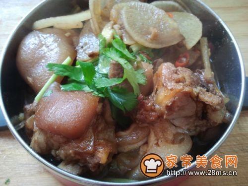 蒜香香辣红烧猪蹄的做法