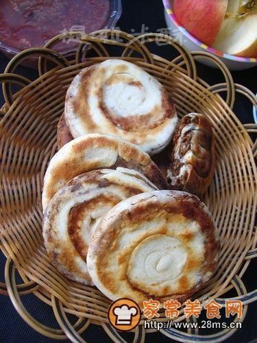 补血益气抗衰老——奶香红糖芝麻饼的做法