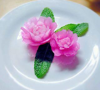 雕刻白萝卜花的做法