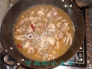 土豆粉烧仔鸡的做法步骤:5