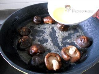 苏式家常菜——浓香醇厚的卤香菇的做法步骤:6