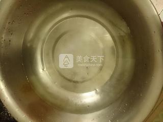 大虾珍珠疙瘩汤的做法步骤:4