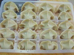 【私房江南鲜】:猪肉芹菜莲藕饺子的做法步骤:7