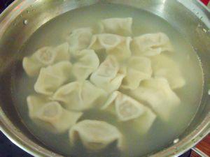 【私房江南鲜】:猪肉芹菜莲藕饺子的做法步骤:8