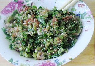 芹菜肉馅煎饺的做法步骤:4