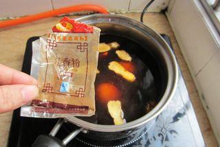 卤鸭肝湿炒粉的做法步骤:4